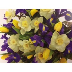 Spring Handtied bouquet